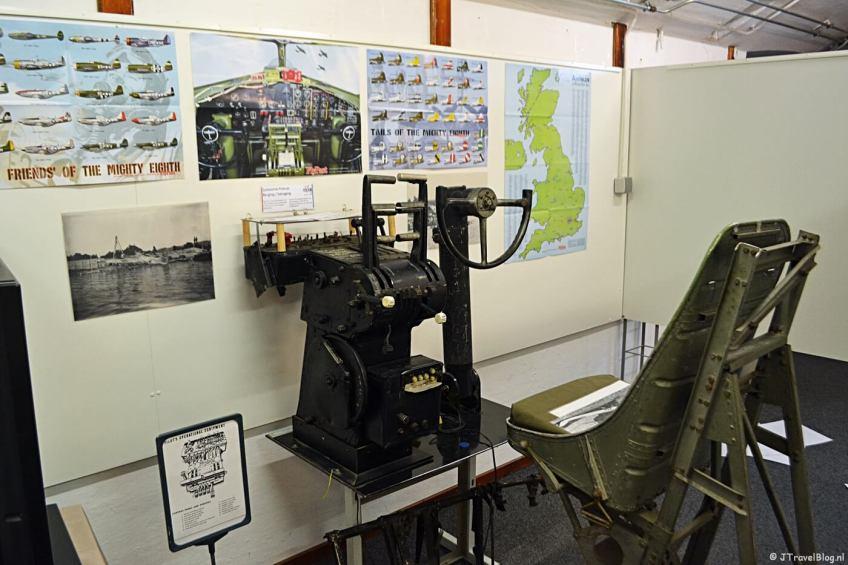 Opbouw van de tentoonstelling '8th Air Force' in het CRASH Luchtoorlog & Verzetsmuseum '40-'45 in Aalsmeerderbrug