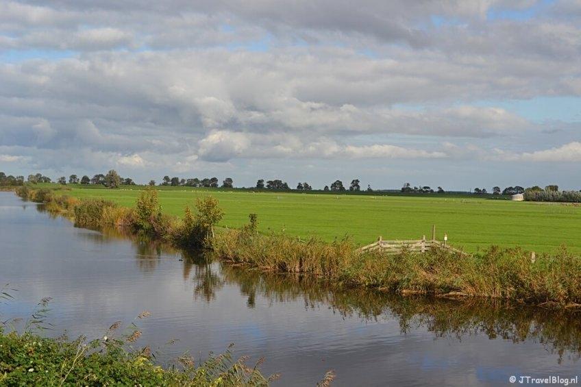 Het begin van het onverharde pad in Muiden tijdens de 3e etappe van het Westerborkpad