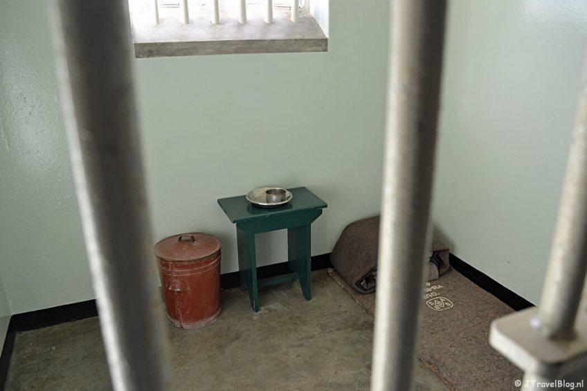 De cel van Nelson Mandela op Robbeneiland/Zuid-Afrika