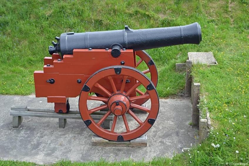 Kanon in het Nederlands Vestingmuseum in Naarden