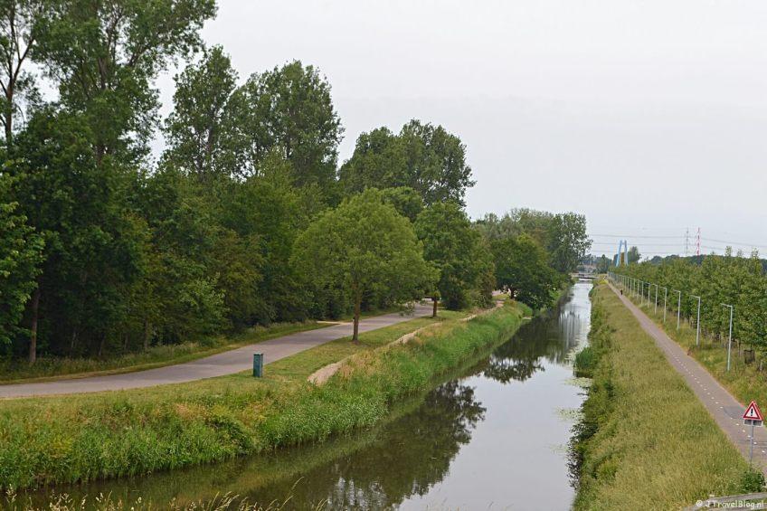 De Geniedijk tijdens mijn fietstocht langs fietsknooppunten rond Hoofddorp