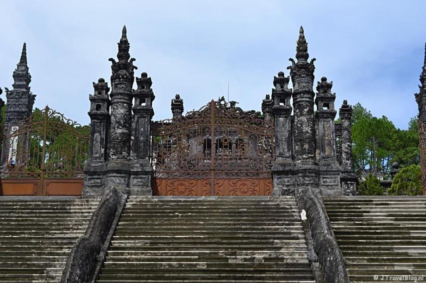De graftombe van Khai Dinh in Hué