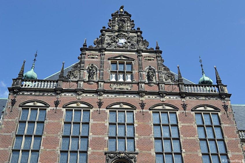Het gebouw van de Rijksuniversiteit Groningen