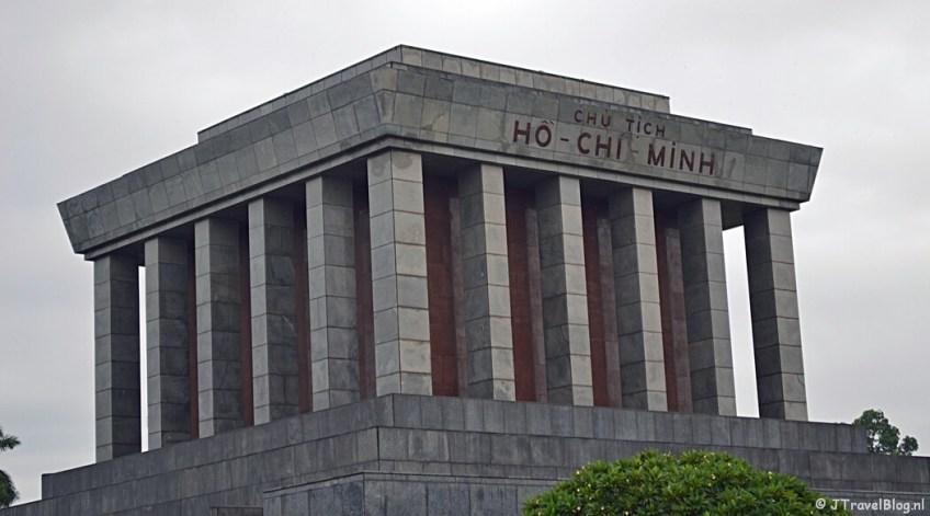 Het Mausoleum van Ho Chi Minh in Hanoi