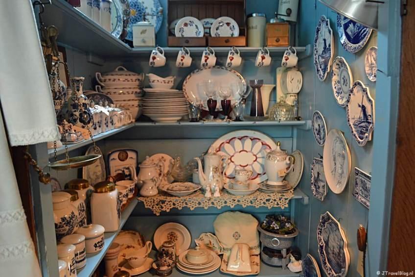 De Antiekwinkel in het Jagershuis op de Zaanse Schans