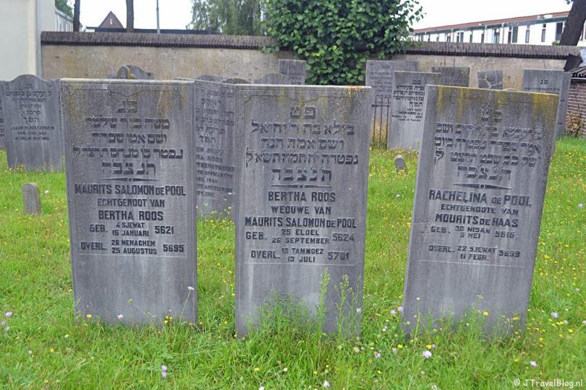 De Joodse begraafplaats in Amersfoort tijdens de 8e etappe van het Westerborkpad