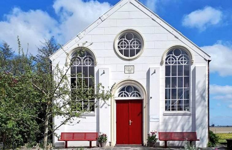 Kerk in Zijldijk/Groningen via Natuurhuisje.nl