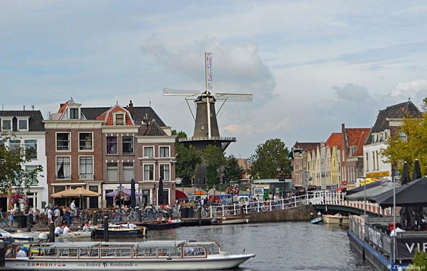 Molenmuseum De Valk in het centrum van Leiden