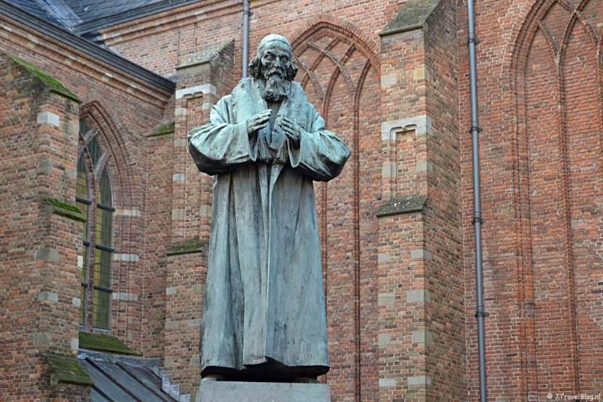 Het standbeeld van Comenius
