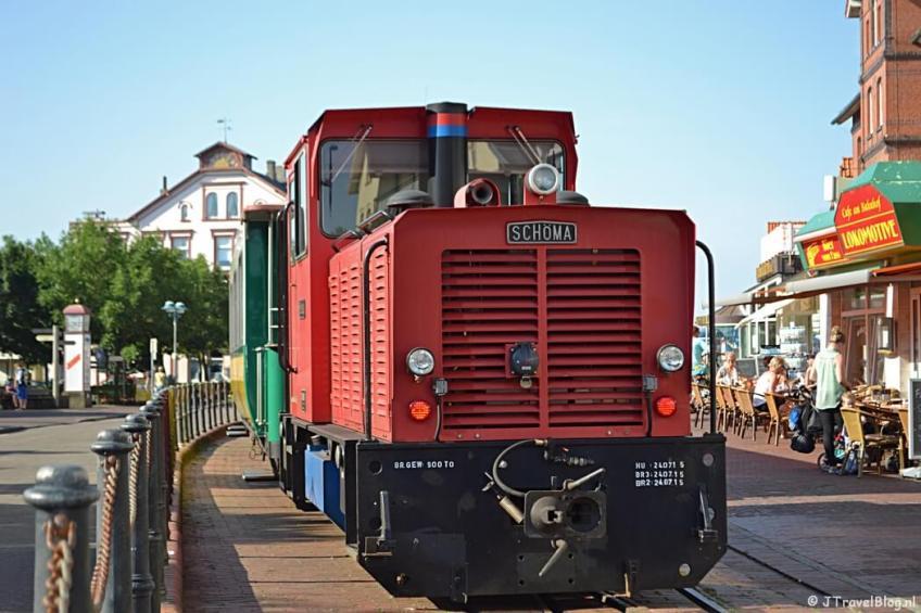 De bekende trein op het Duitse Waddeneiland Borkum