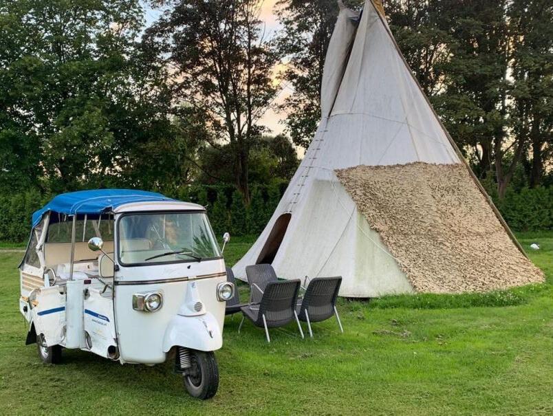 Tipi tent in Zwaanshoek/Noord-Holland via Natuurhuisje.nl