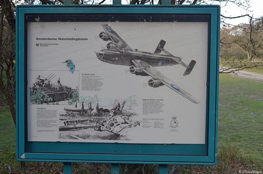 Het vliegermonument in de Amsterdamse Waterleidingduinen