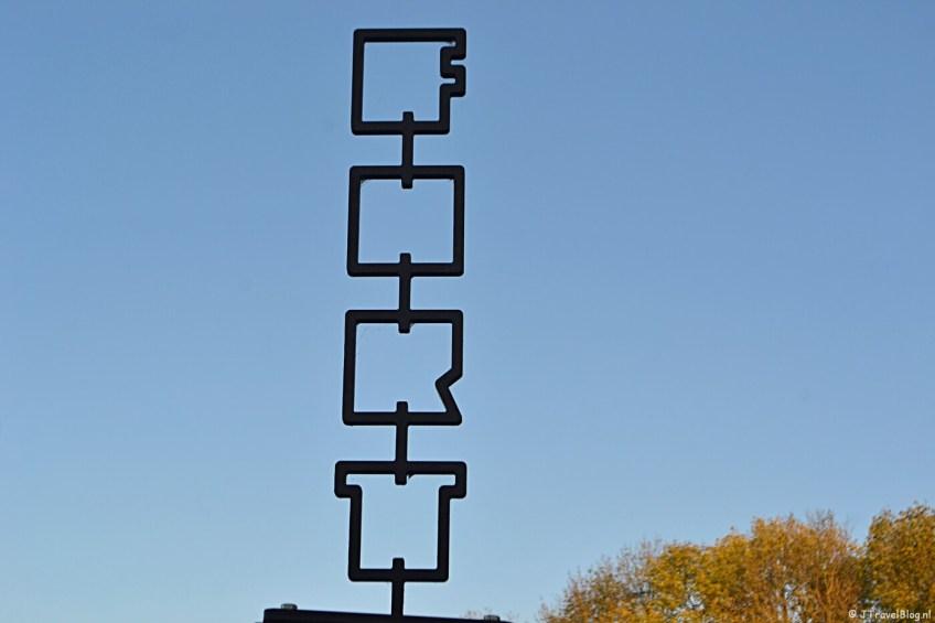Verhalenpaal nr. 11 - FORT / Fort aan het Schiphol