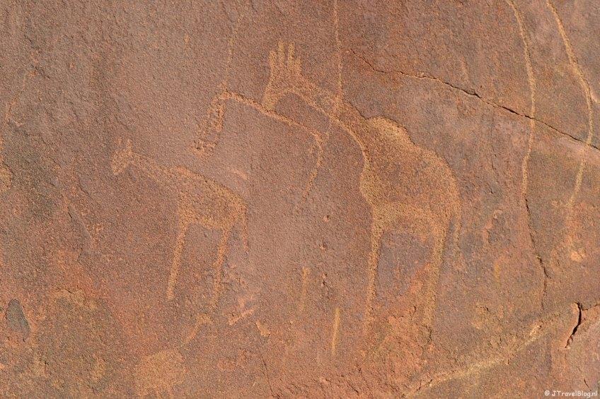 Rotstekeningen van de San in Twyfelfontein op dag 16 van mijn 22-daagse rondreis door Zuid-Afrika en Namibië