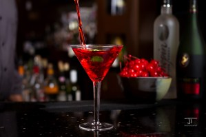 Martini pour - Jeremiah True Photography
