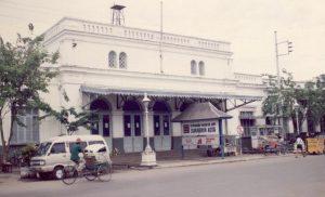 Stasiun Semut Surabaya