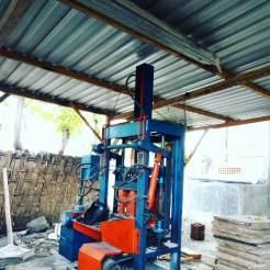 mesin press batako otomatis