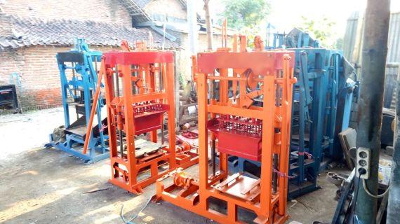 Jual mesin paving block di Kota Jayapura hub 0813.5495.4655
