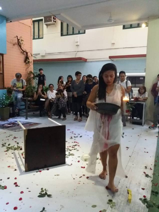 Performance Art by Joanna Lerio, Boyet de Mesa, and Rica dela Cruz. Photo by AK Lerio.
