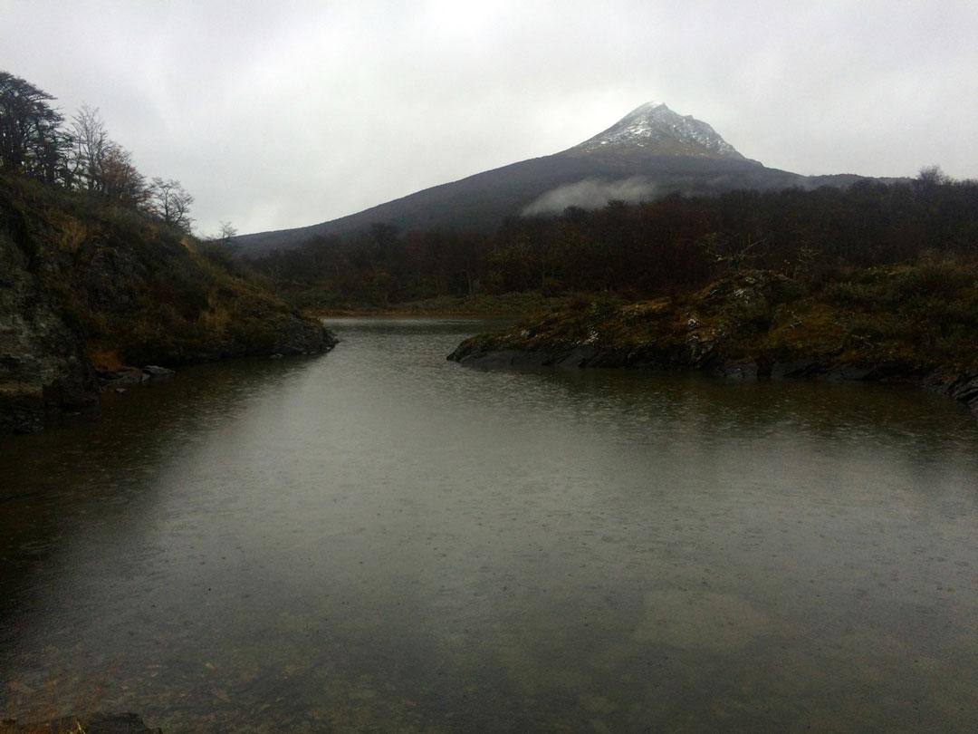 Ushuaia - Bahia de Lapataia - Laguna negra