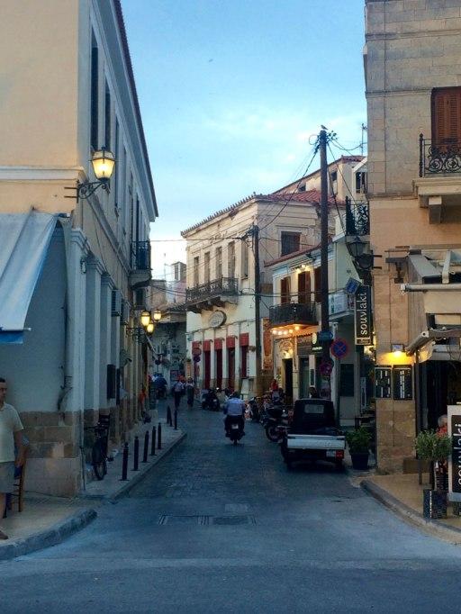 Juan Carrizo | Viajes - por las calles de Aegina