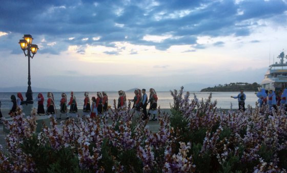 Juan Carrizo | Viajes - las culturas de ayer entre flores