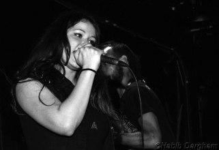 Juan Carrizo | Heavy Metal en Beirut - Maya