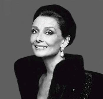 Audrey Hepburn fue icono de la elegancia personal  hasta el final de sus días.
