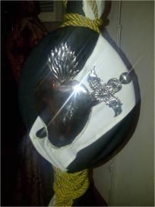 Detalle del Escudo del Guión (Bandera de endrizar) plegado