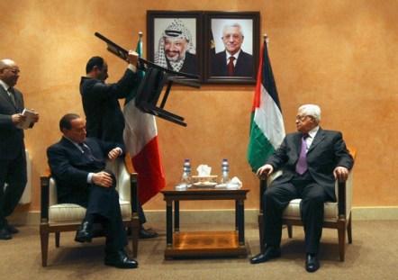 Silvio Berlusconi y Mahmoud Abbas