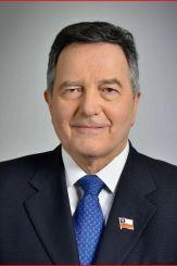 escritor Roberto Ampuero
