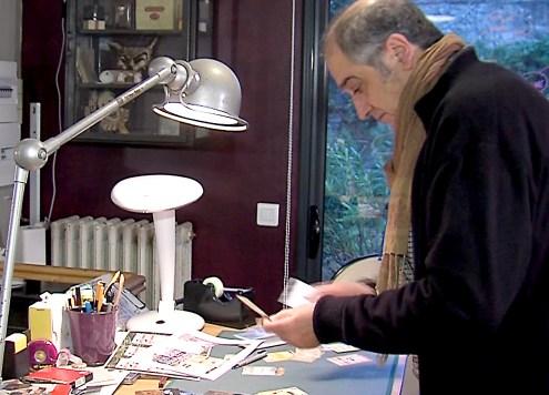 Juan sur sa table de tavail