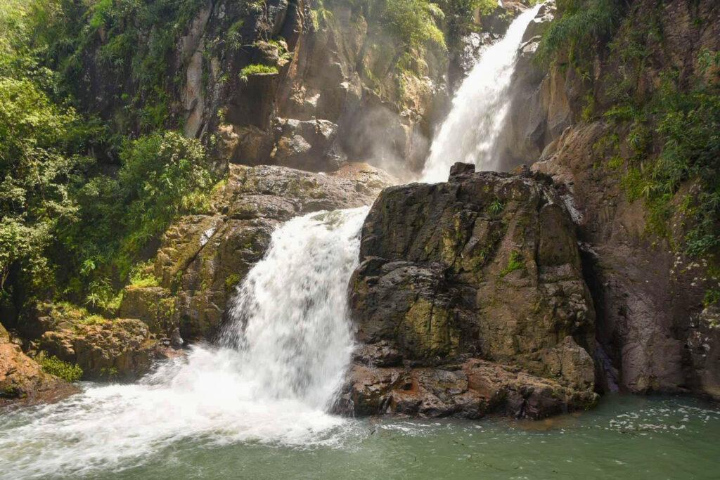 Cascada en Septiembre (Temporada lluviosa)