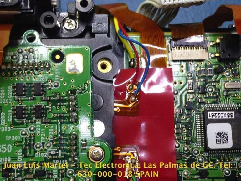 Unidad de CCD y fuente de alimentación en cámara de fotos NIKON D 60