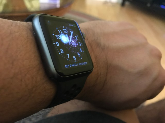 Apple Watch had a festive animation for the new year.