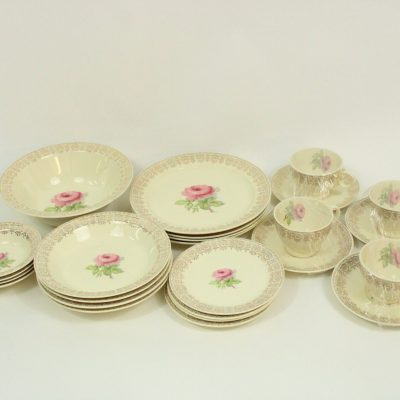 Taylor Smith Taylor USA 12471 Rose China Set