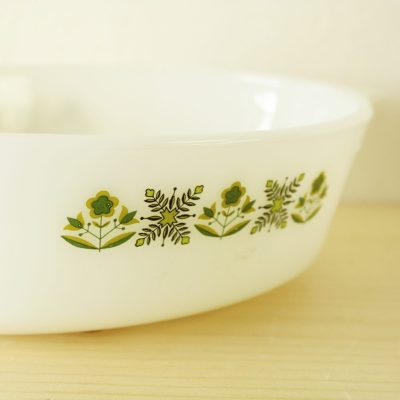 Vintage Fire King Anchor Hocking White Oval Casserole Dish Meadow Green 1 1/2 Qt. #433