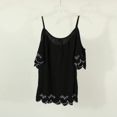 HeartSoul Black Embroidered Off-The-Shoulder Top | Size S