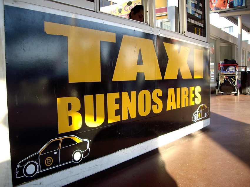 Taxi-Stand am Flughafen