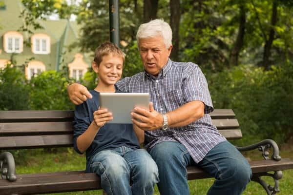 intergenerational-relationship_tech