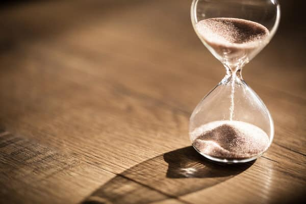 stroke and women+hourglass