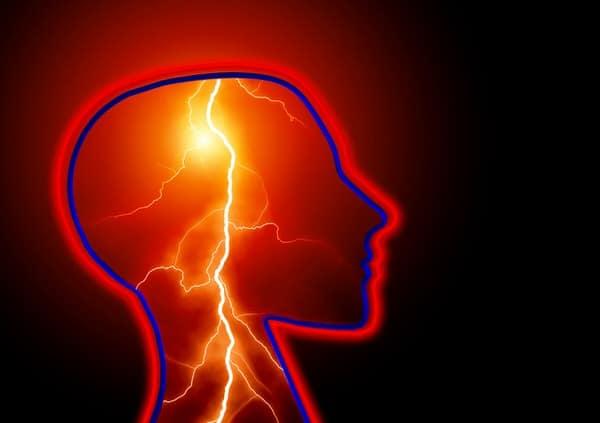 stroke and women+lightning-brain