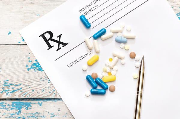 opioids after surgery_prescription+pills