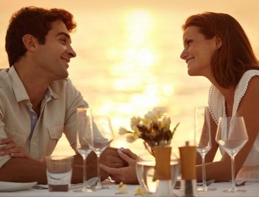 Toronto Dinner Cruise Couple