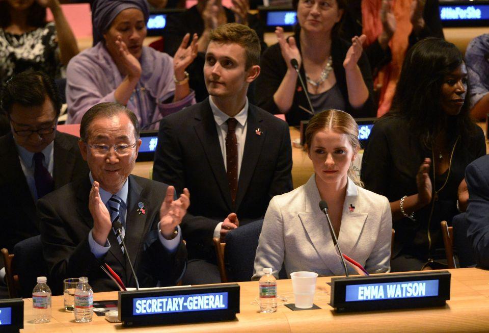 Emma Watson ao lado do secretário geral da ONU, Ban Ki-moon