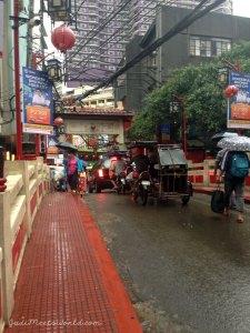 Meet Manila's Chinatown.