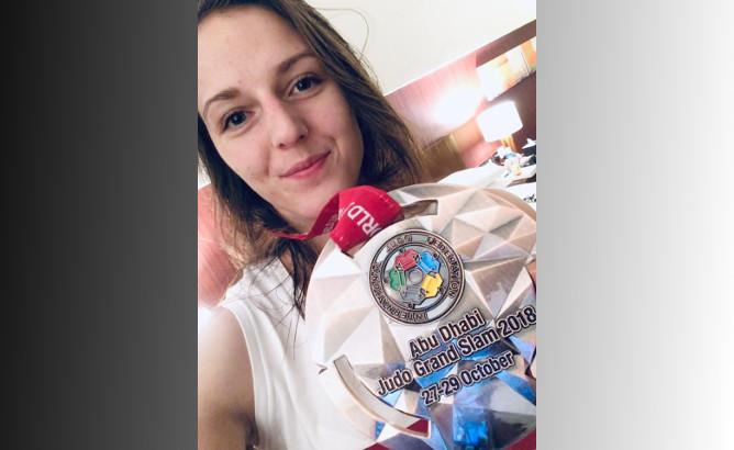 Beata Pacut zdobywa brązowy medal na GS w Abu Dhabi