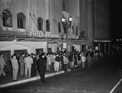 The Los Angeles Philharmonic on Judy Garland's opening at the Los Angeles Philharmonic April 21, 1952