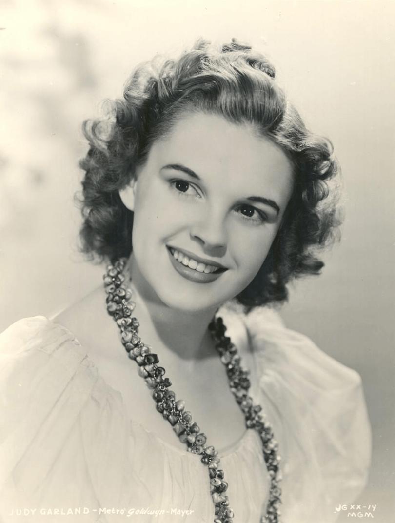 Judy Garland 1939 Portrait