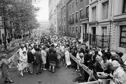 June 27, 1969 Crowds 4